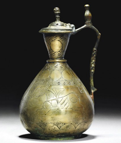 Figure 3 - Early Islamic High tin bronze ewer, Central Asia 8th/9th centruy